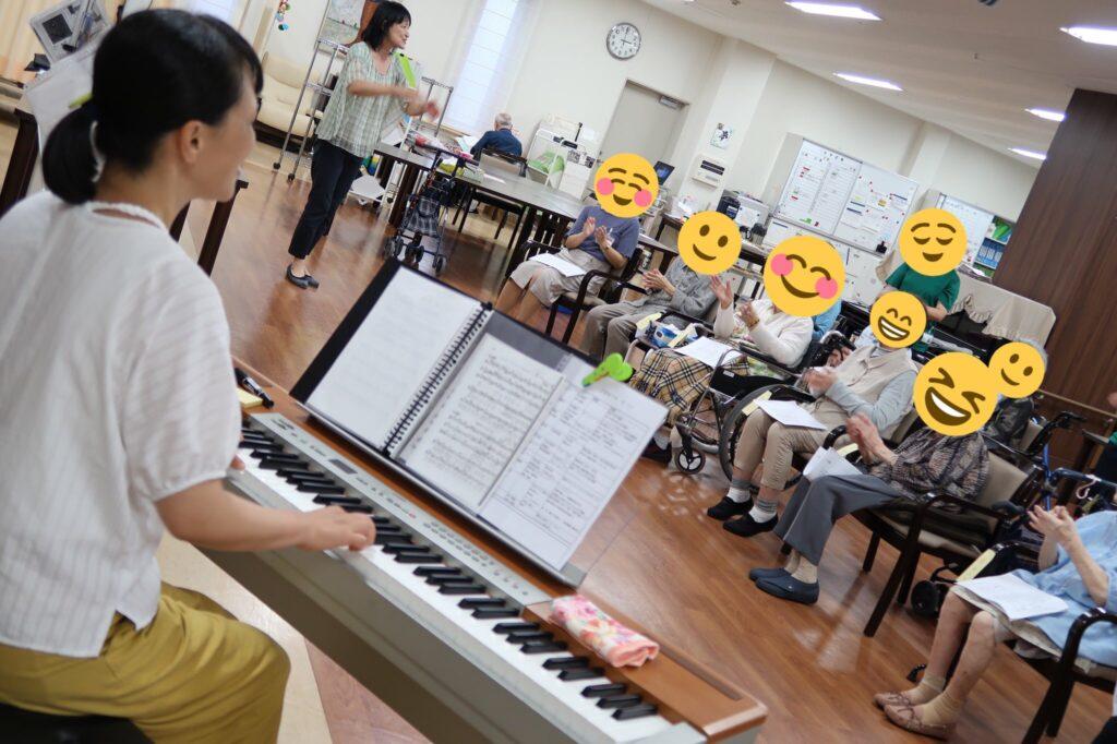高齢者施設「ミュージックセラピー」開催!